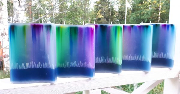 LARGE 2-TWIC AURORA BOREALIS-CANDLES